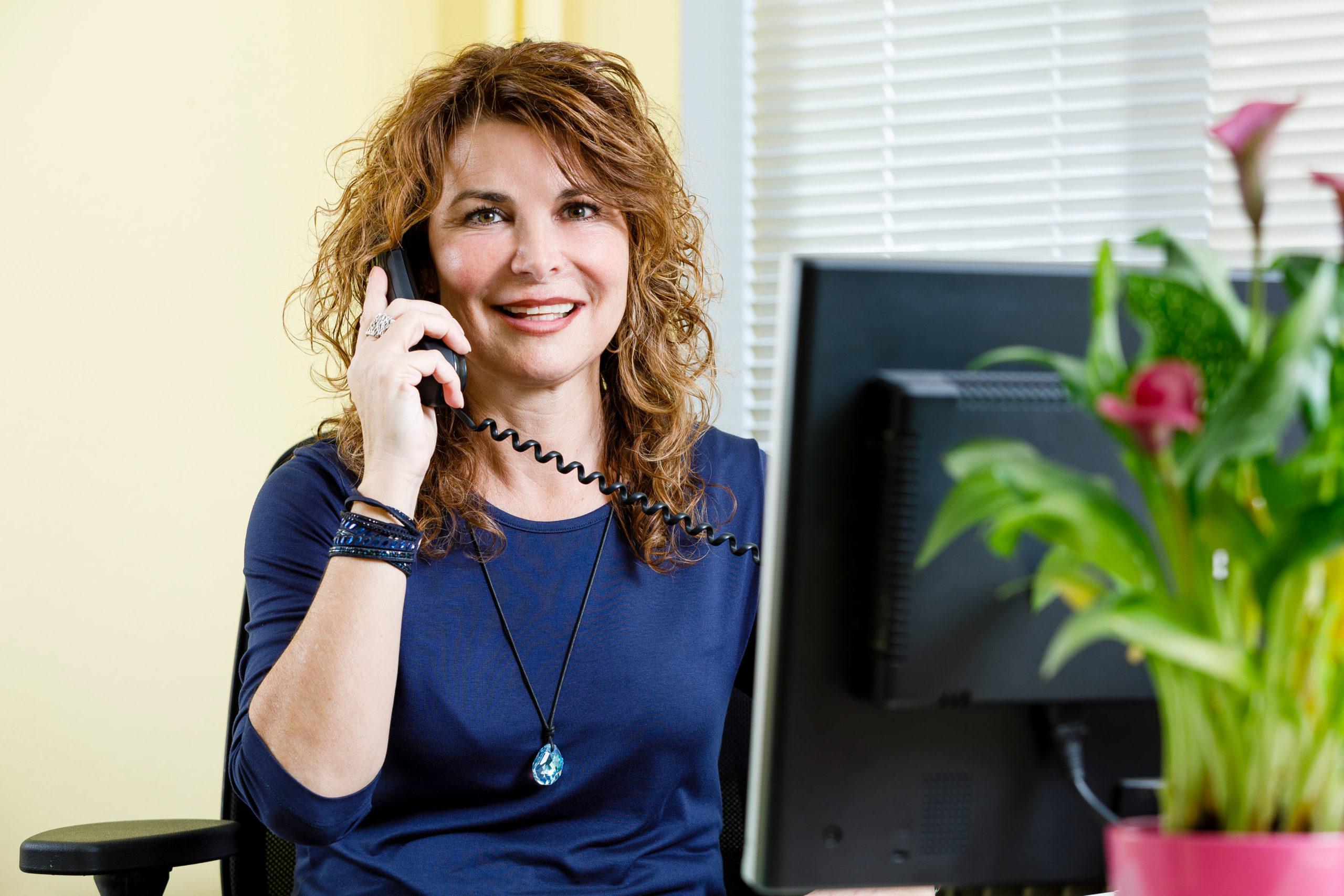 Caterina Salvisberg freut sich auf ihren Anruf.